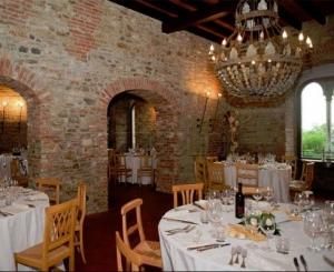 Ristrutturato l'antico salone per le feste del secondo piano