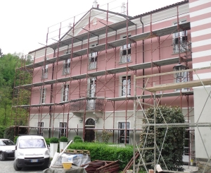 Restauro, intonacatura e tinteggiature delle facciate