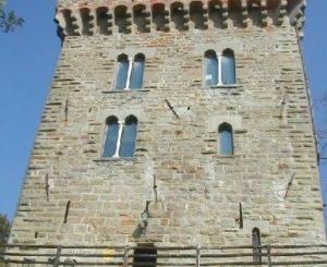 Ripristino muri e ristrutturazione facciate, sistemazione tetto