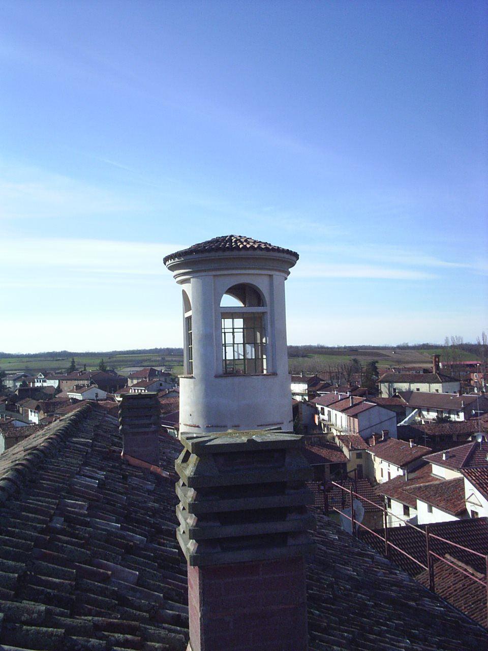 Sistemazione del tetto, edificio storico